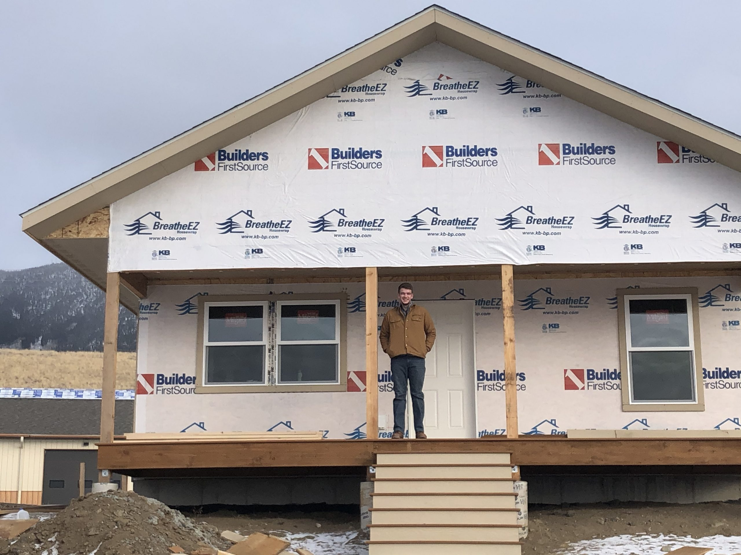 Habitat for Humanity of SW Montana is Proud to Announce Addition of a New Americorp VISTA Member